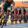 Holland, Murray take World Triathlon Leeds titles